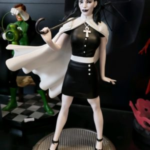 DC Bombshells Death Statue