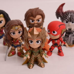 FUNKO JUSTICE LEAGUE MYSTERY MINIS SET OF 5