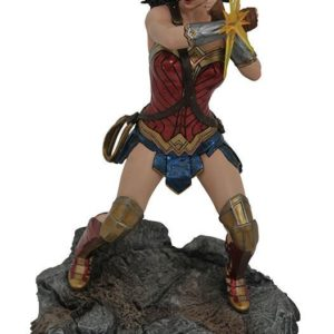 DC MOVIE CLASSICS GALLERY JUSTICE LEAGUE WONDER WOMAN PVC DIORAMA